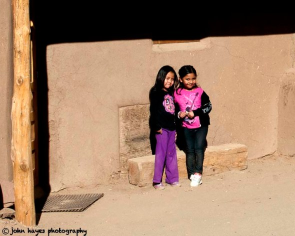 taos pueblo beggar girls
